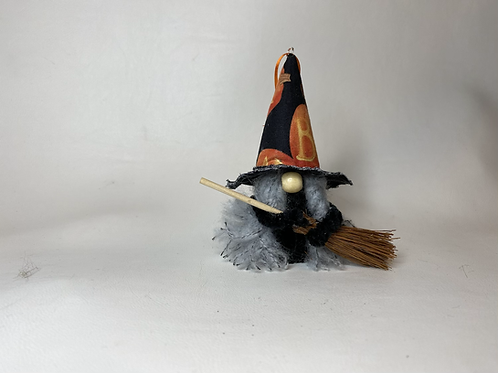 Cheery Gnome - Halloween  boo hat with broom