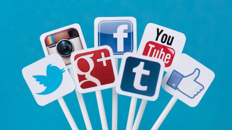 collection_social_media_wallpaper_widesc