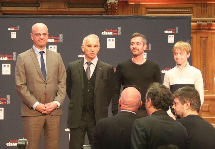 Ministre de L'Éducation Nationale avec Xavier Legrand et un des acteurs,Thomas Gioria.