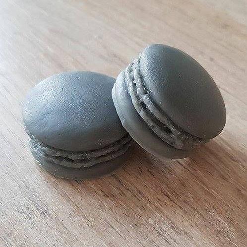 Macaron - Lacoste noir dupe Lacoste