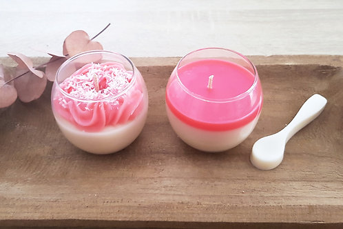 Bougie Strawberry coco cream et sa cuillère