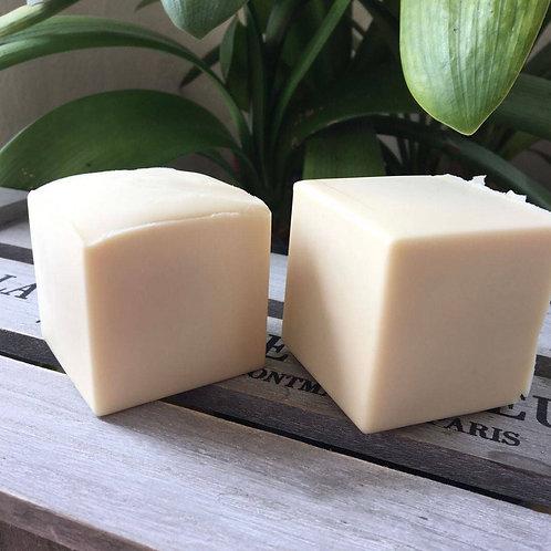 Bain & Savon Coconut Milk Shampoo Bar