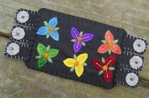 Wool Flowers Embroidery Mug rug
