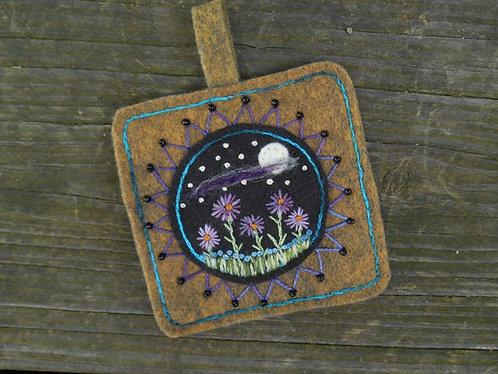 Moon and stars ornament, Home Decor, Beaded Ornament
