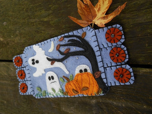 Ghosts for Halloween Mug Rug
