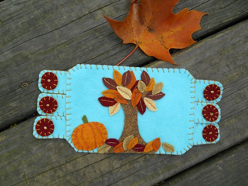 Autumn Leaves Tree Mug Rug