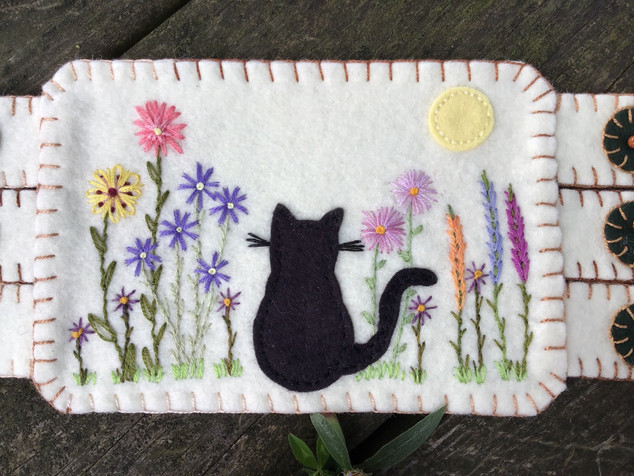 Black Cat and Flower Embroidery Mug Rug