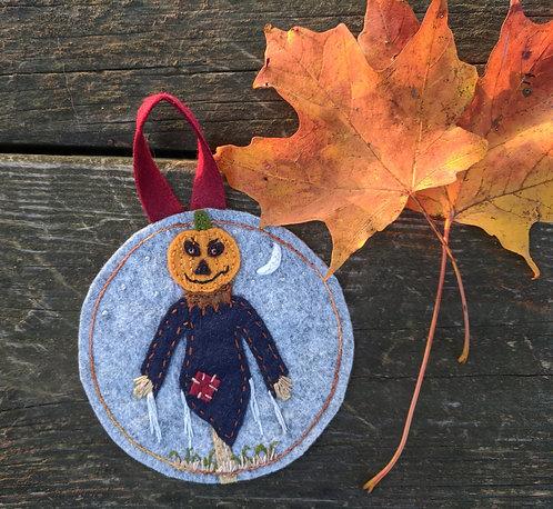 Scarecrow ornament, Halloween decor