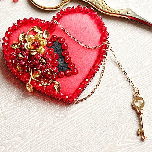 БРОШЬ Ключ к сердцу