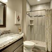 Bathroom_26.JPG