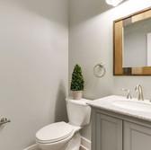 Bathroom_6.JPG