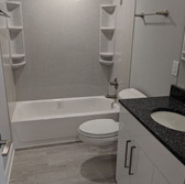 Bathroom_18.JPG