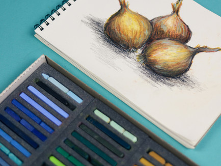 A simple drawing of still life, perfect for rainy afternoons