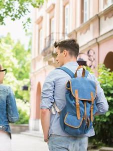 School-Bags-For-College-High-School-Stud