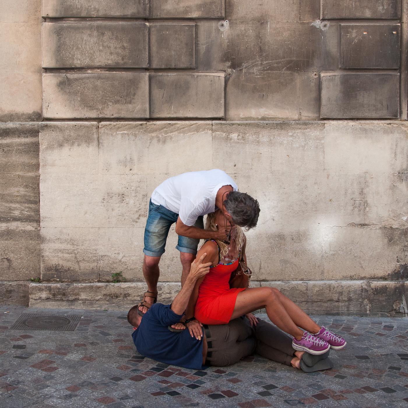 Arles 2015 - Baiser et tête écrasée