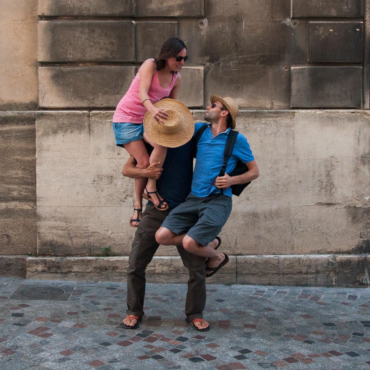 Arles_2015_-_Derrière_le_chapeau