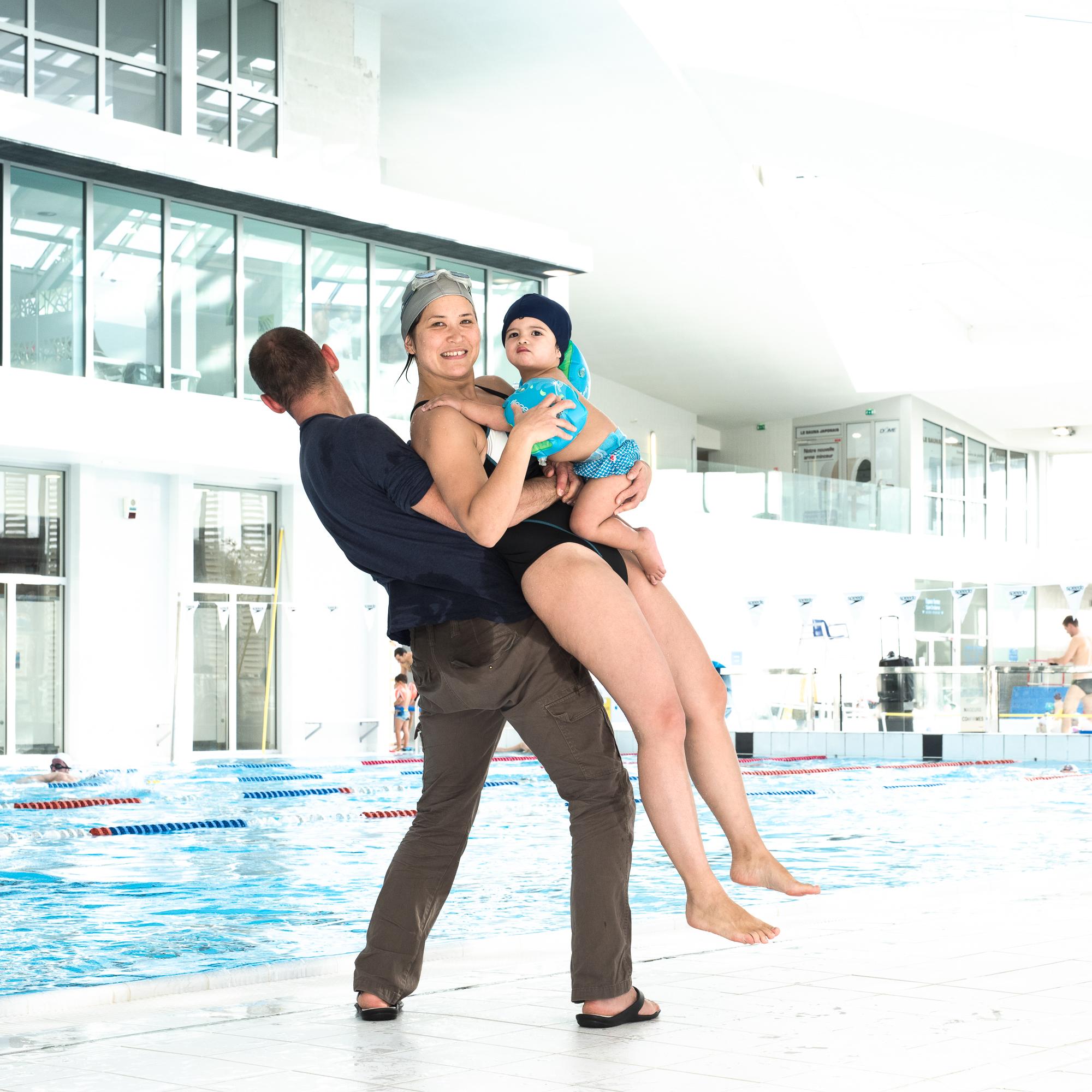 Piscine - Bébé nageur bleu