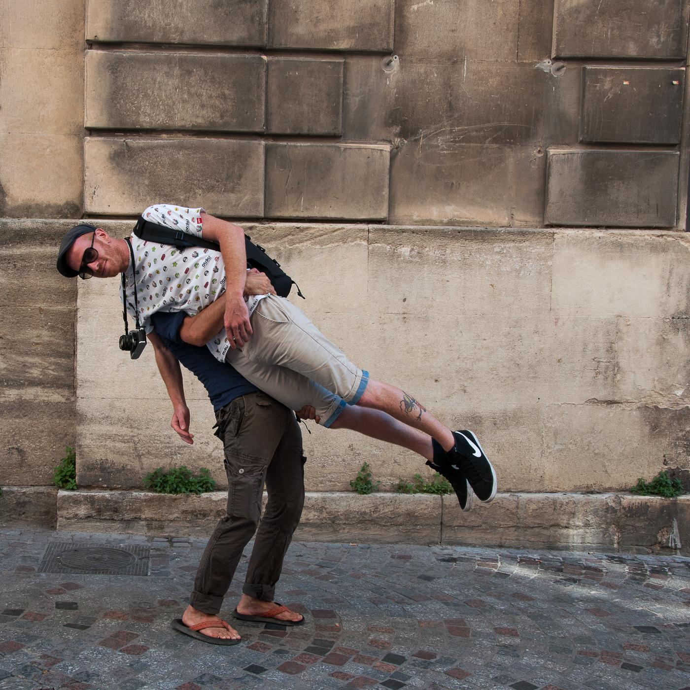 Arles_2015_-_Photographe_penché