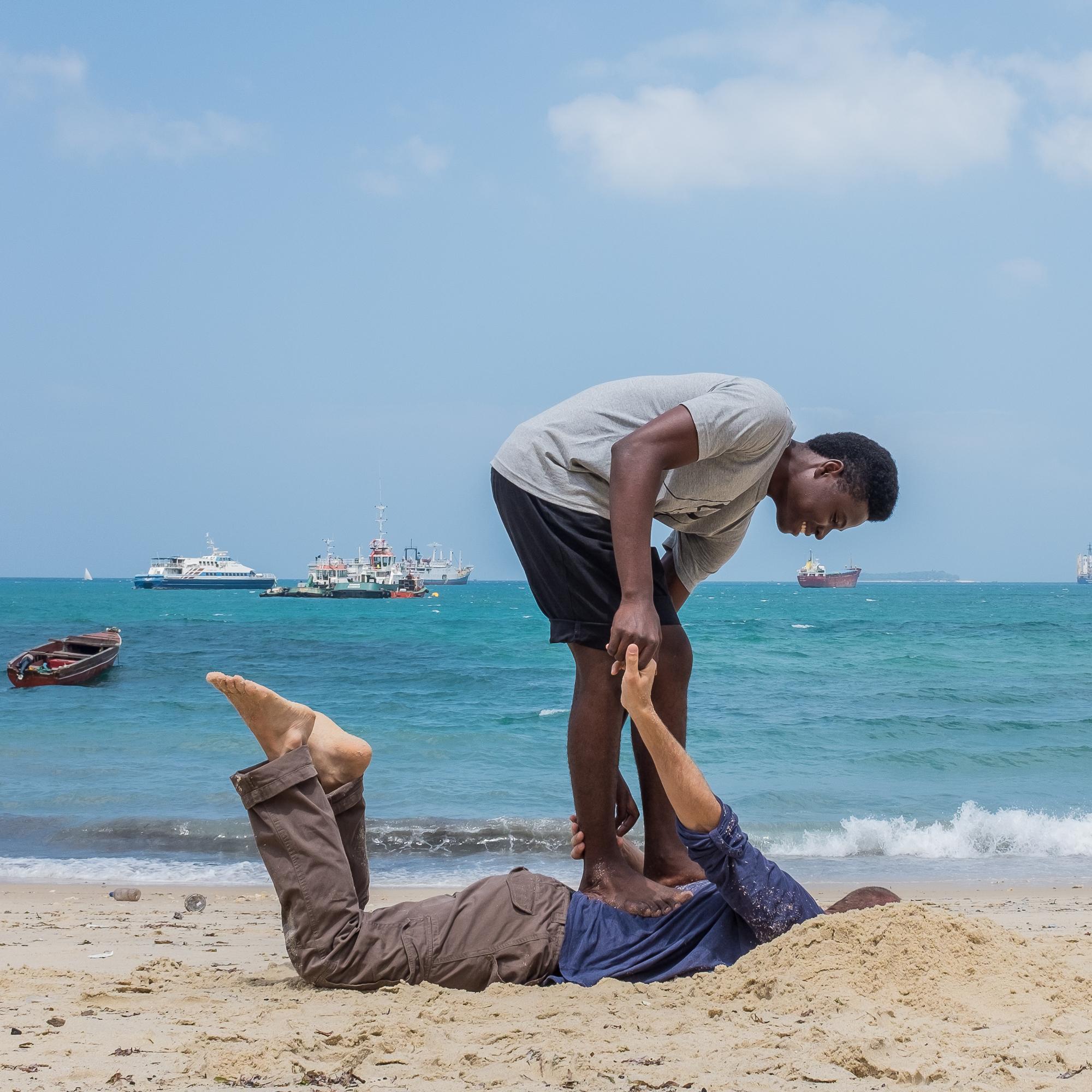 Zanzibar beach - Fishing_
