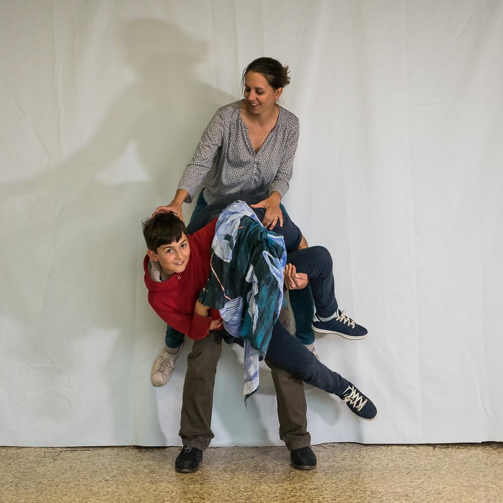 Ecoles Lyon - Une statue familiale