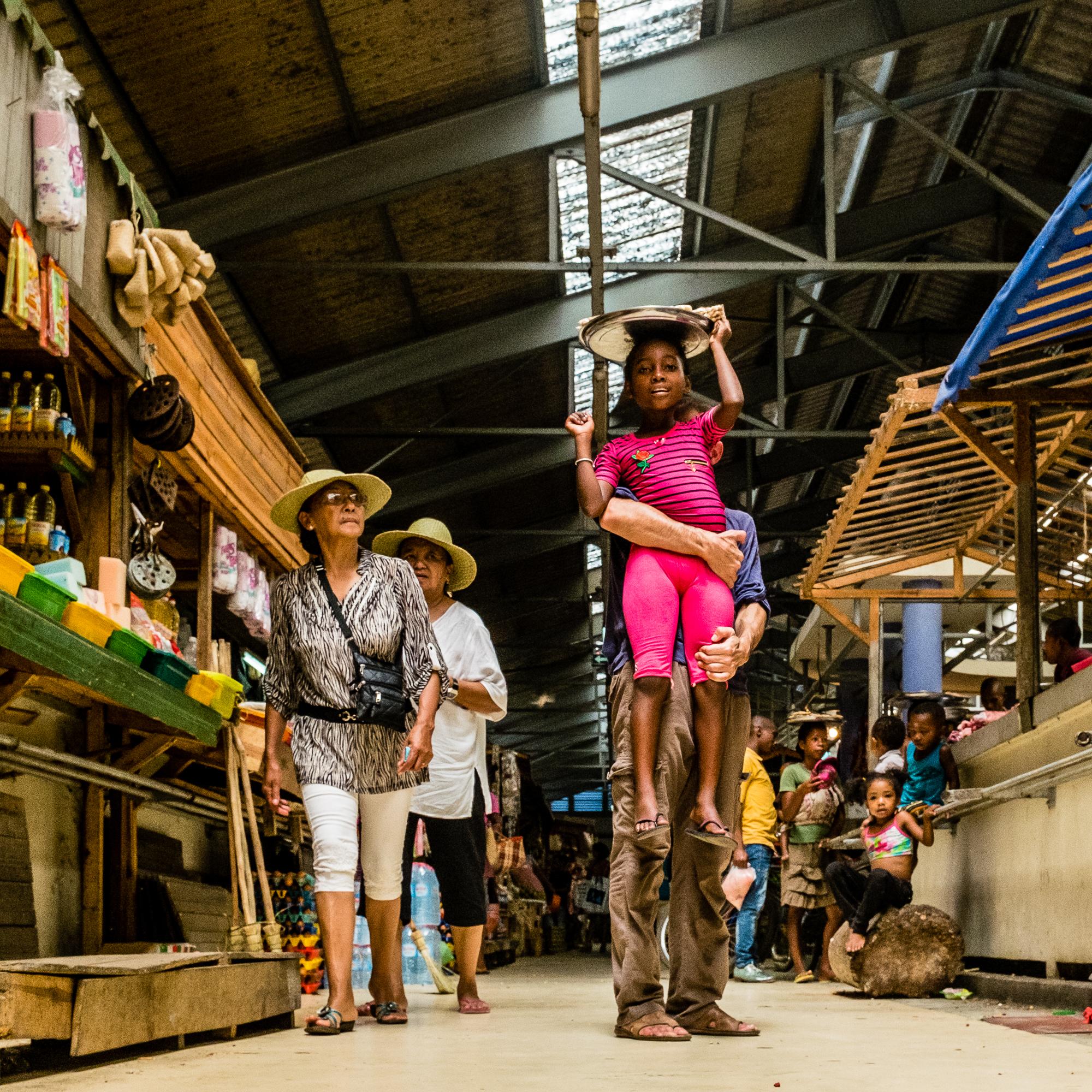 Tamatave_marché_-_Chapeaux_de_paille