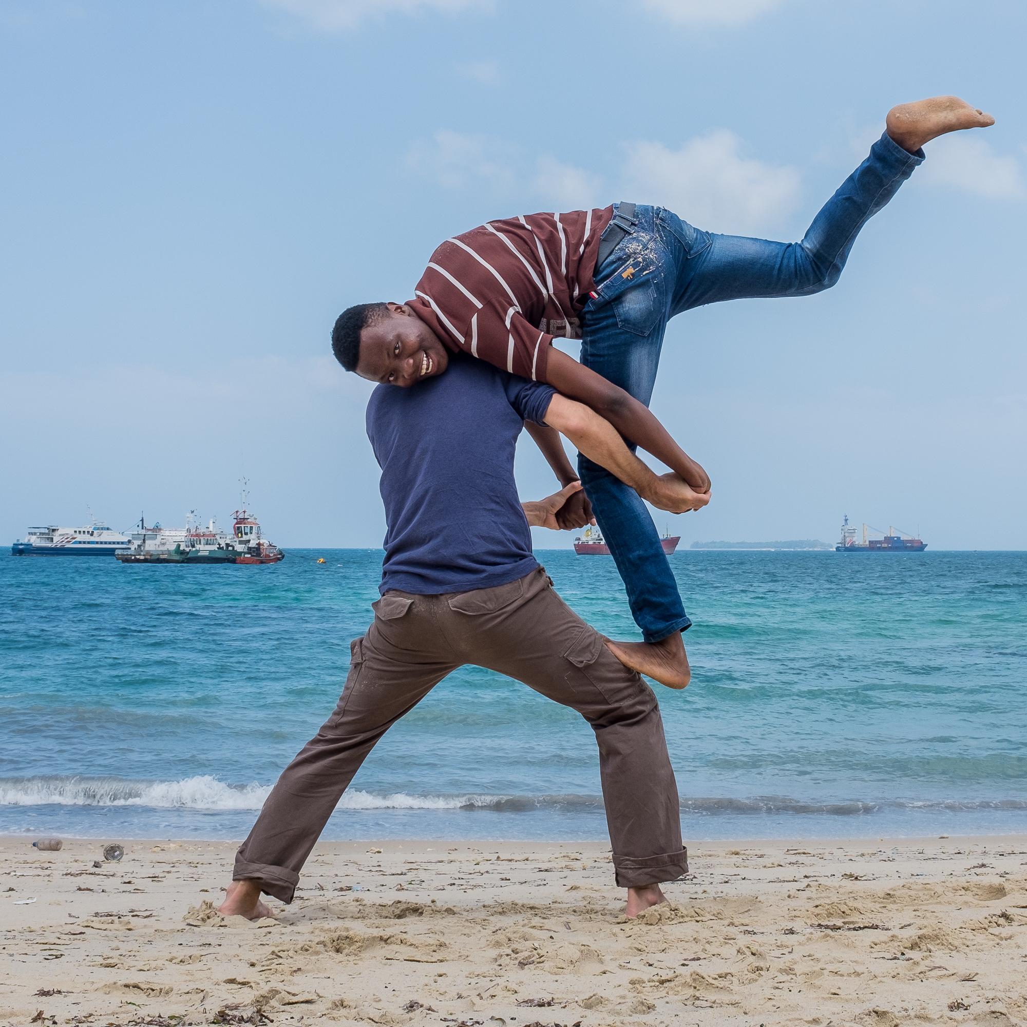 Zanzibar beach - Acrobatics_