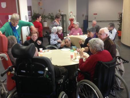 Goûter en maison de retraite