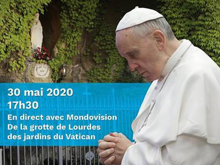 Prière avec le pape,