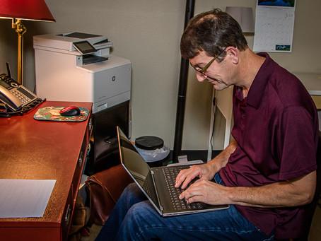 Motion for Life | Desk and Laptop Ergonomics