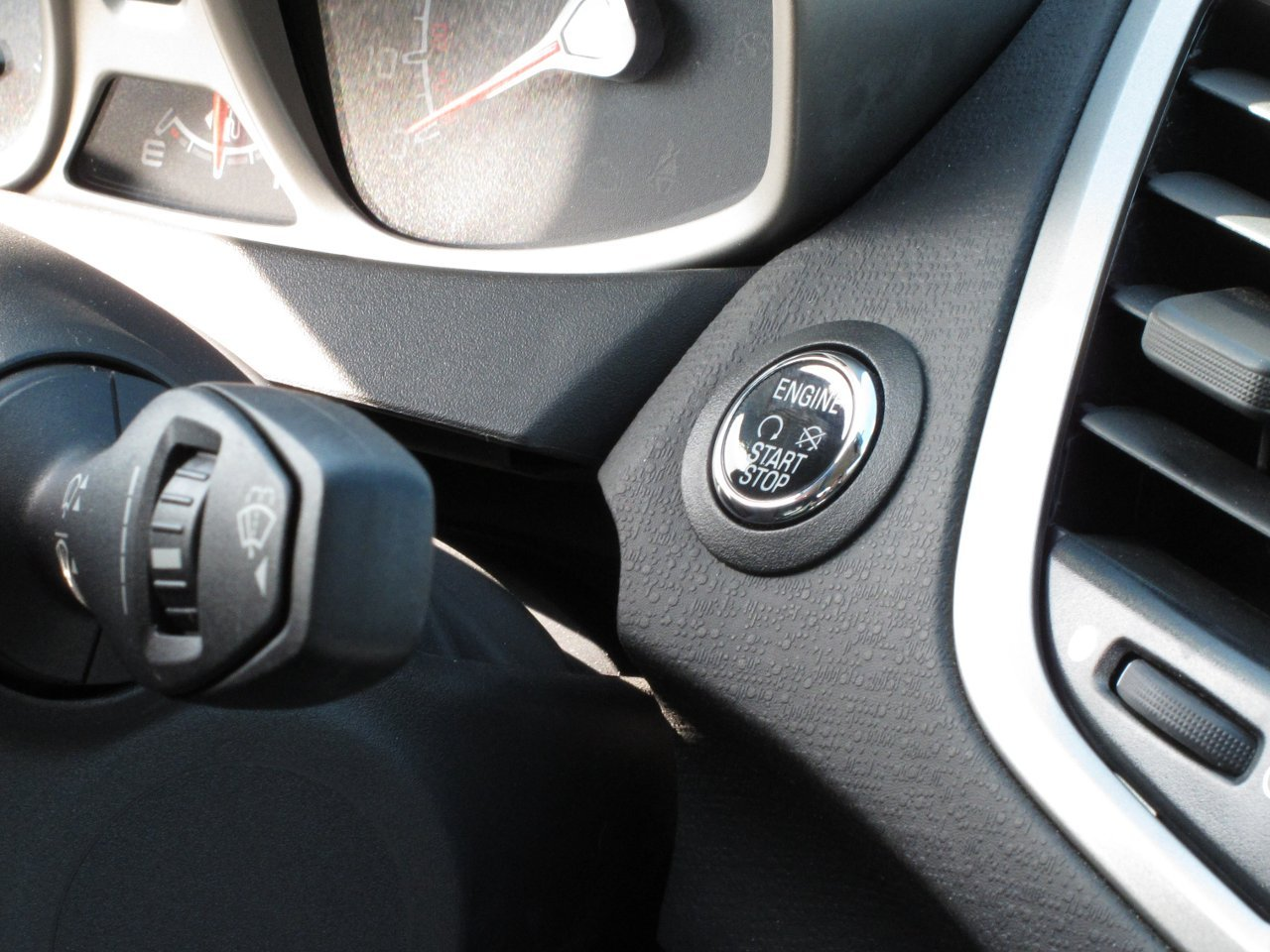 Ford Keyless Ignition Push to Start.JPG