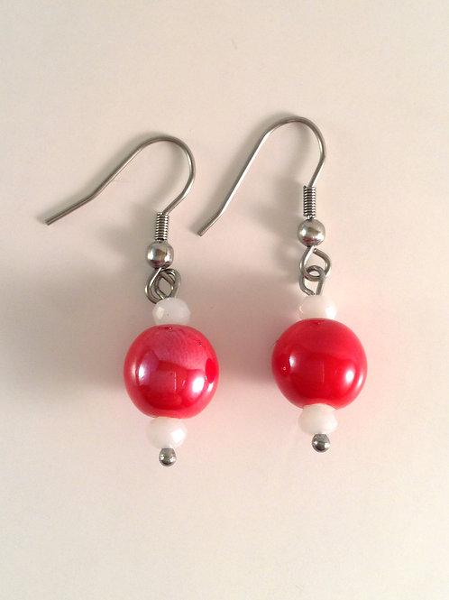Boucles d'oreilles en porcelaine rouge et cristal blanc