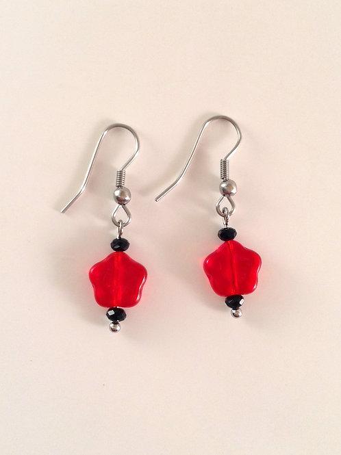 Boucles d'oreilles fleur en verre rouge et cristal noir