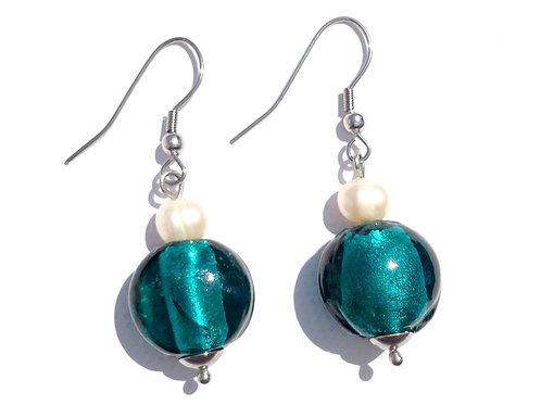 Boucles d'oreilles boules bleu canard et perles