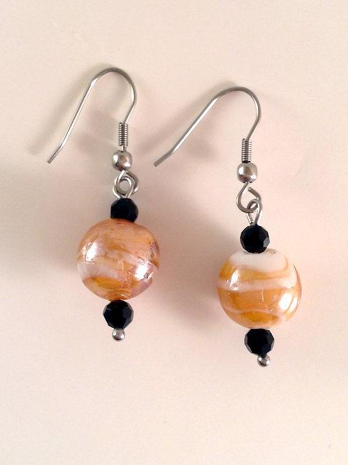 Boucles d'oreilles perle de verre artisanal orange et blanche