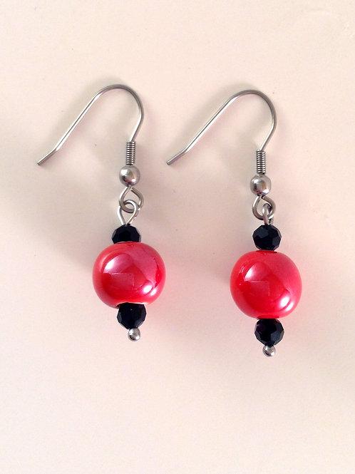 Boucles d'oreilles porcelaine rouge et cristal noir