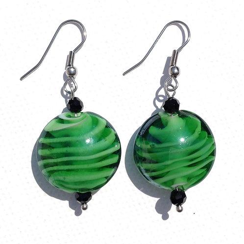 Boucles d'oreilles palet de verre vert et cristal