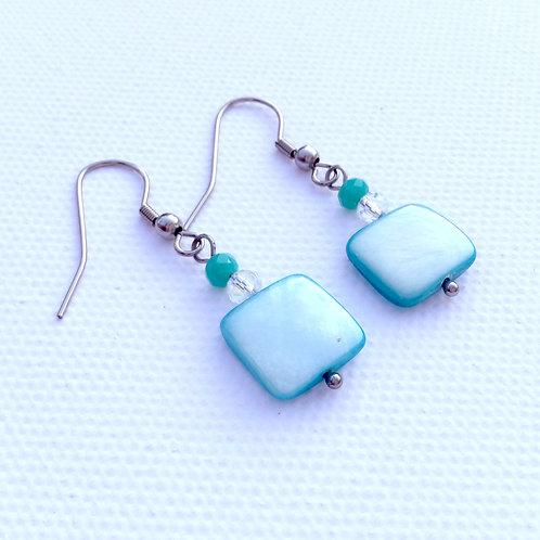 Boucles d'oreilles carré nacre turquoise et cristal