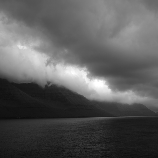 Between Sky and Sea, Kalsoy