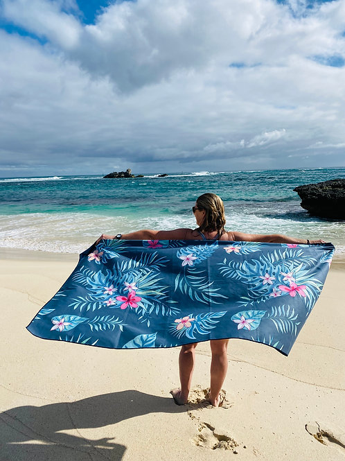 BYRON Sand Free Beach Towel (180x90cm)