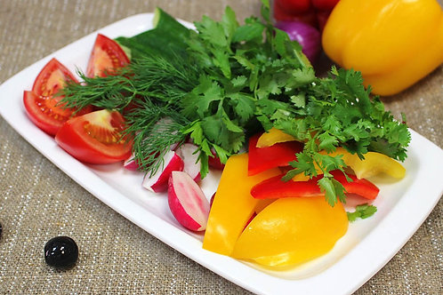 Овощная летняя тарелка