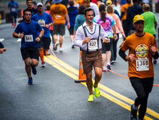 What's the proper etiquette for passing fellow runners?