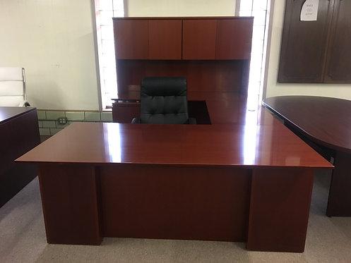 Used Cherry Rudnik Desk Set