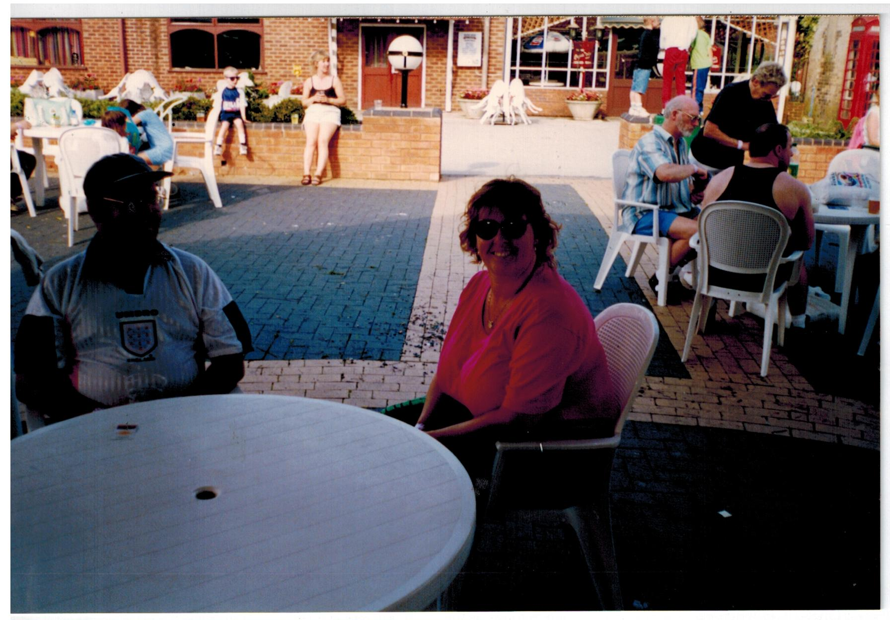 N077_Drayton-Manor_[1998]