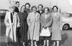 Annie_3rd from Right