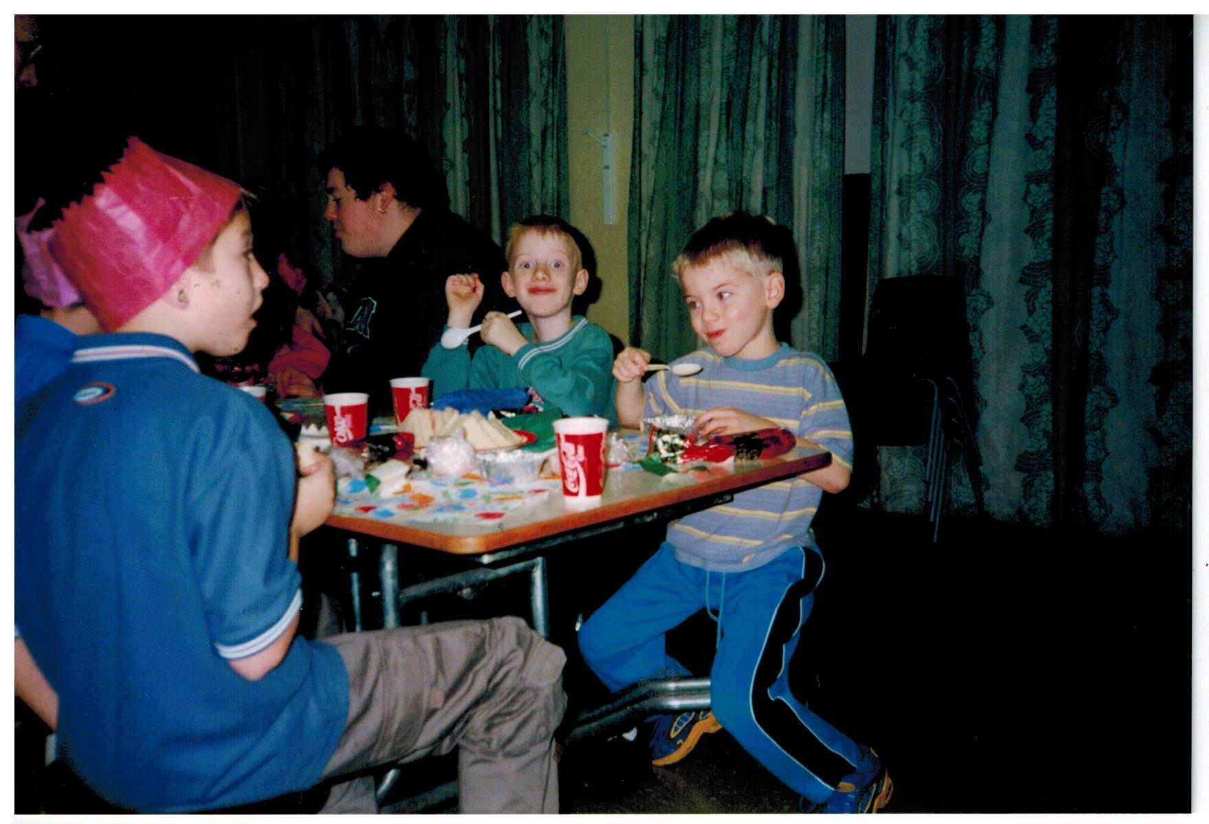 H097_Party_Jan-2000