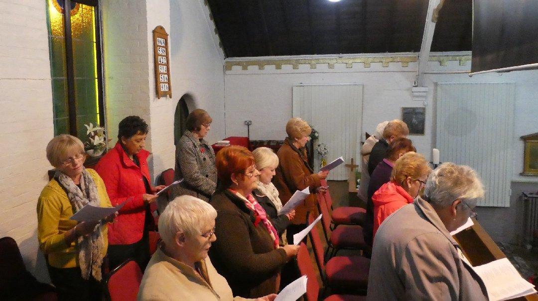 2016_11-09_Ladies Choir Rehearsal13