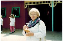 E157 Drayton Manor June-1994