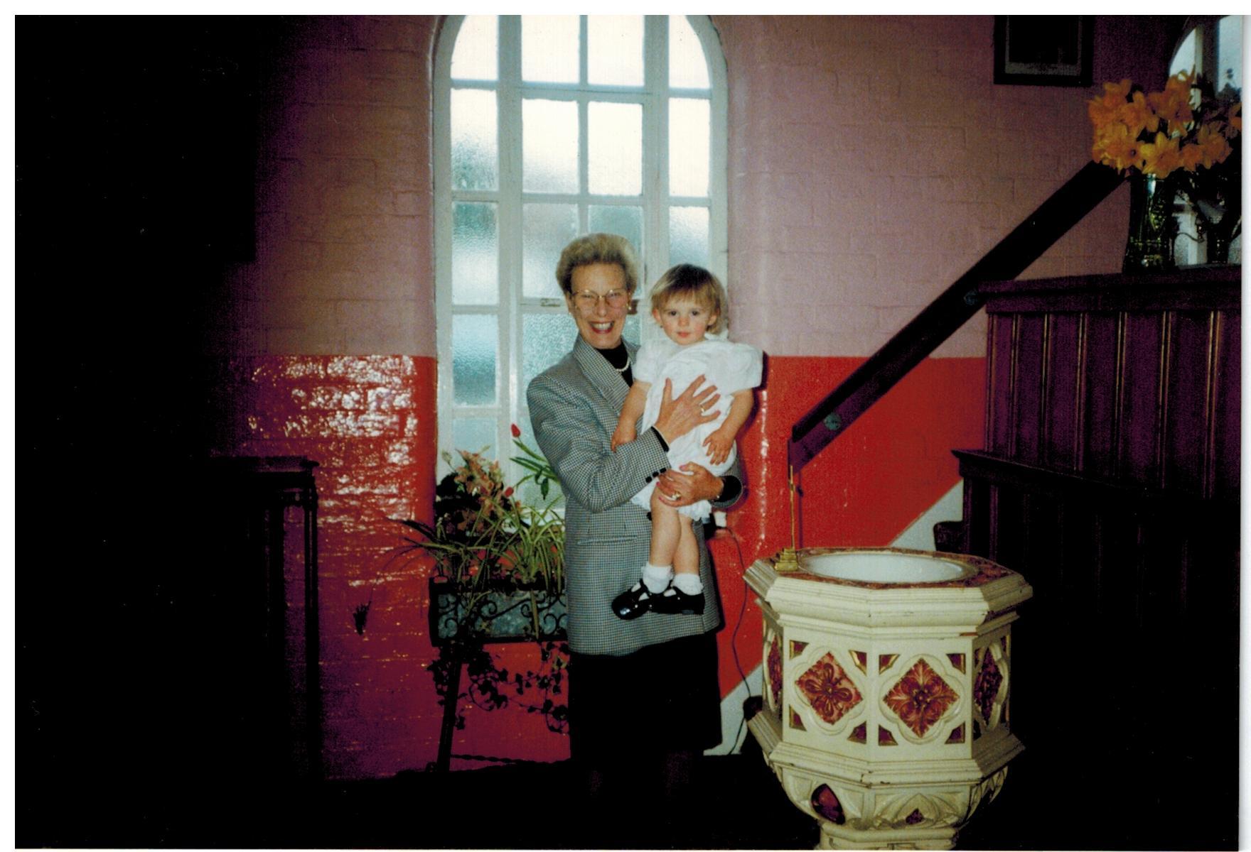 C007 Hazel_with_Zoe_Jane-EVETTS[baptism2
