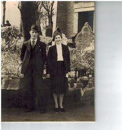 A051_Weddiong_Cliff-May-Willetts_[St Peters]