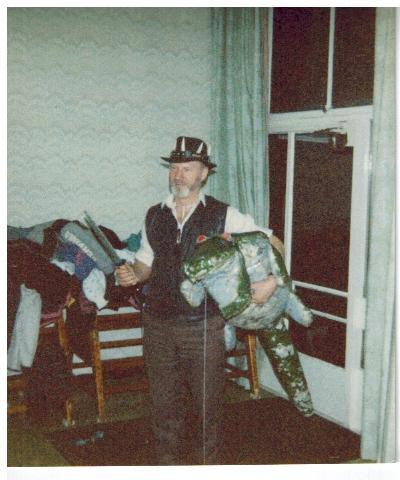 E008 Christmas Party 1990